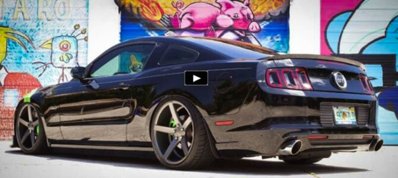 Awesome Muscle Car Stuning 2012 Ford Mustang GT Custom